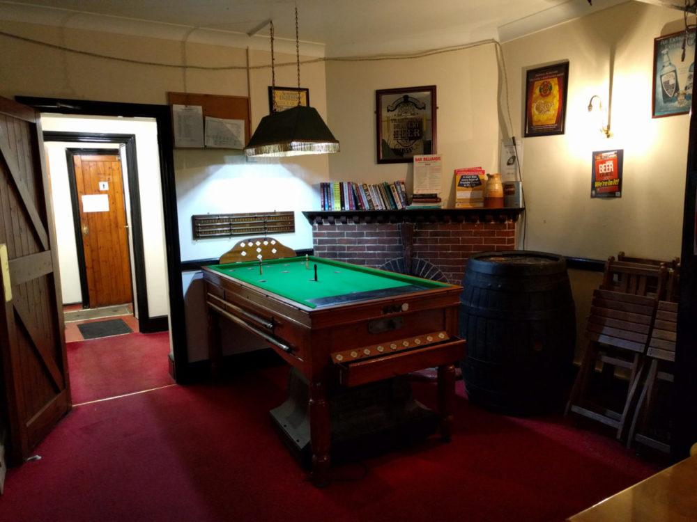 Hop Leaf - bar billiards